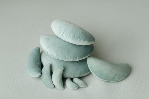 Posing Beans for newborn photography Velvet